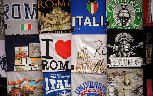 t-shirts-498499_640