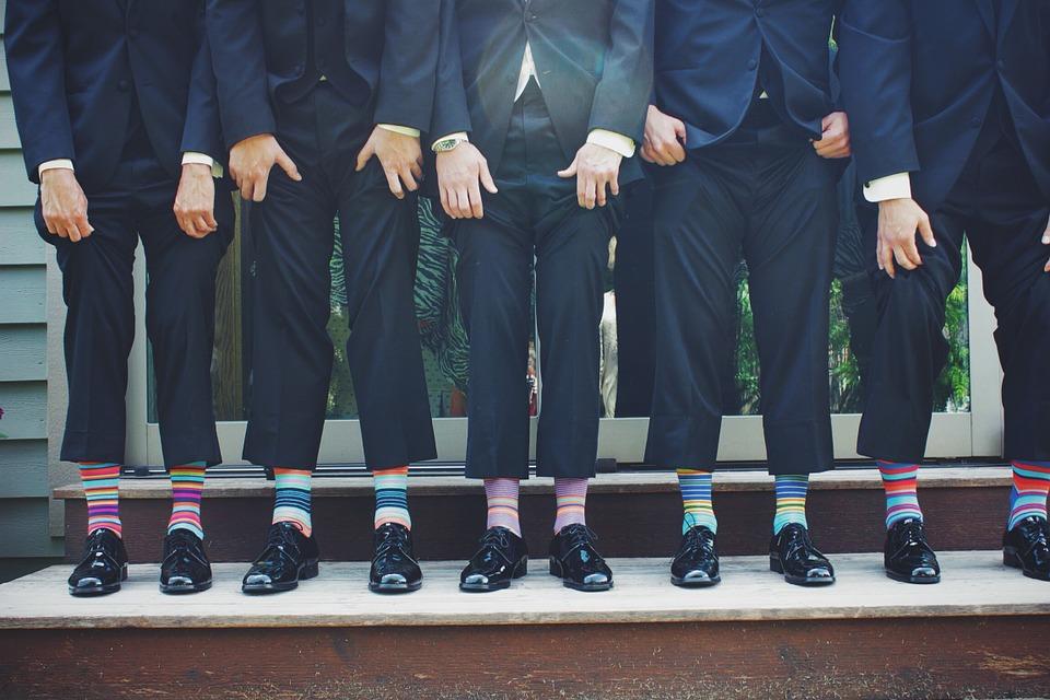 https://pixabay.com/en/funny-socks-colorful-pants-fashion-629675/